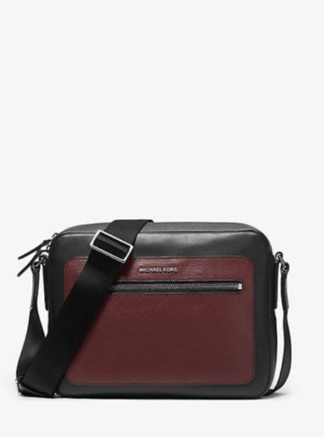 Двухцветная кожаная сумка для фотоаппарата Hudson Michael Kors
