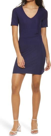 Вязаное мини-платье с V-образным вырезом NSR