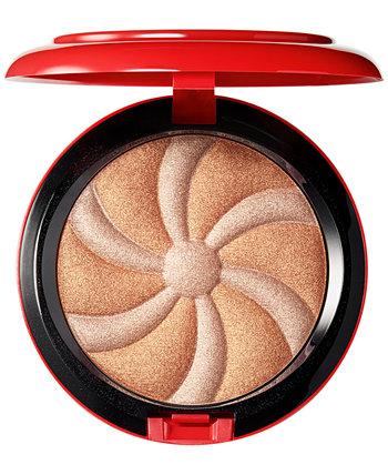 Гипнотизирующий праздник Hyper Real Glow MAC Cosmetics