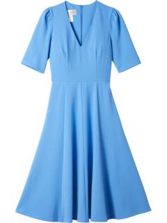 Платье с V-образным вырезом и расклешенным крепом Donna Morgan