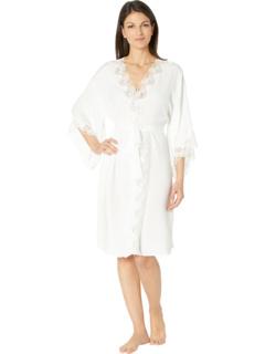 Шелковистый атласный короткий халат с запахом Eileen West
