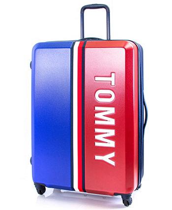 "Pep Rally 28 ""регистрируемый багаж Tommy Hilfiger"