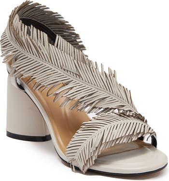 Асимметричные сандалии с перьями Nasim Golo
