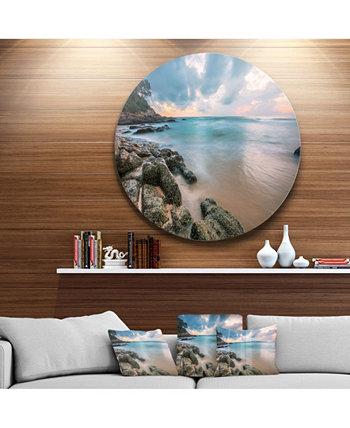 """Designart 'Мрачный тропический пляж заката' Очень большой металлический декор для стен с морским пейзажем - 23 """"x 23"""" Design Art"""