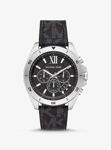 Крупный логотип Brecken и серебристые часы Michael Kors