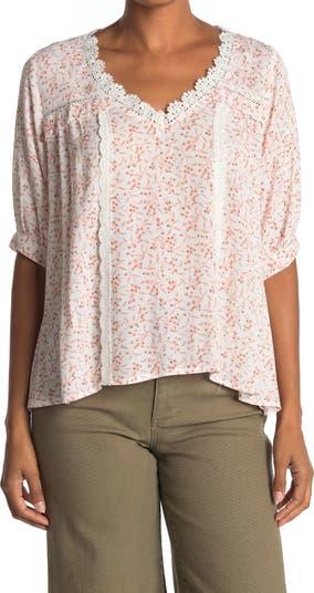 Блуза с V-образным вырезом и кружевной отделкой Everleigh