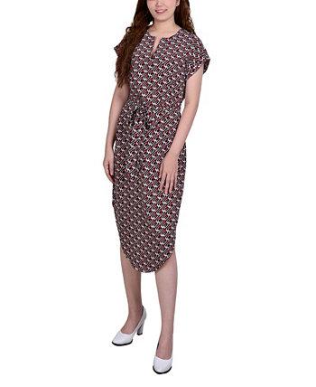 Женское платье с разрезным вырезом и поясом NY Collection