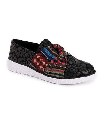 Женские кроссовки без шнуровки для прогулок по набережной MUK LUKS