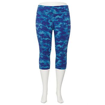 Plus Size Tek Gear® Essential High-Waisted Capri Leggings Tek Gear