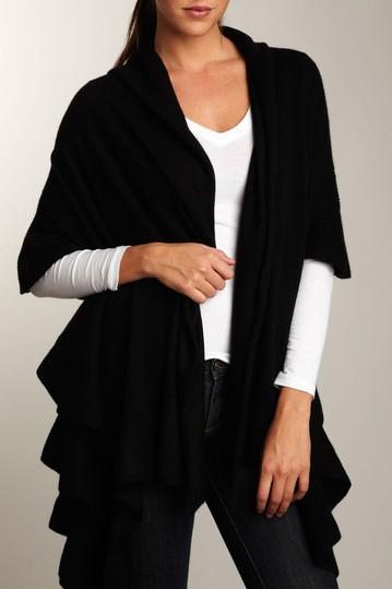 Кашемировый шарф в рубчик с рюшами Portolano