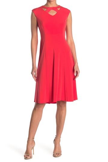 Платье до колена без рукавов Twisted Keyhole London Times