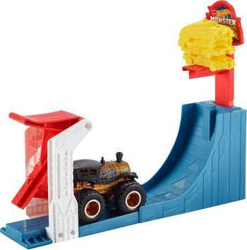 Игровой набор Hot Wheels (R) Monster Trucks Big Air Breakout Mattel
