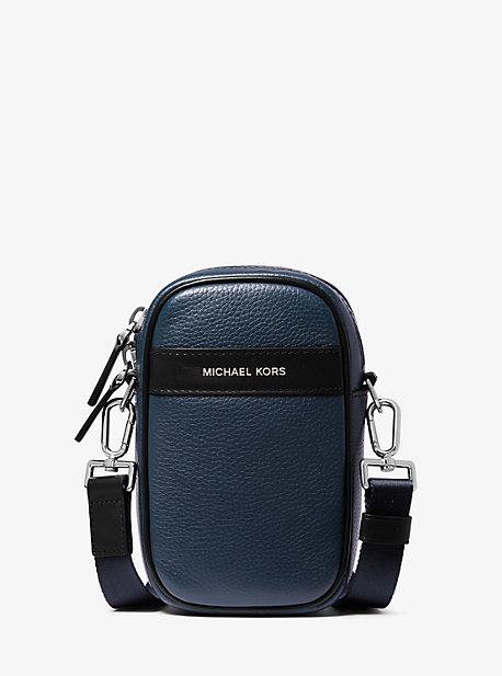 Сумка через плечо для смартфона из шагреневой кожи Greyson Michael Kors