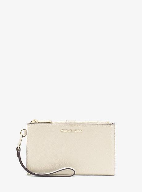 Кожаный кошелек Adele для смартфона из шагреневой кожи Michael Kors