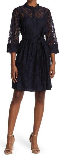Кружевное платье с оборками и воротником-стойкой Sandra Darren
