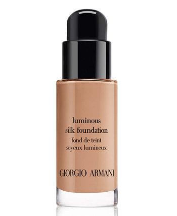 Тональная основа без масла Luminous Silk Perfect Glow Flawless, размер для путешествий Giorgio Armani