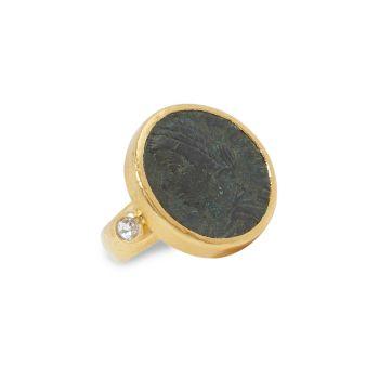 Предметы старины Желтое золото 24 карат, римские монеты и монеты; Бриллиантовое кольцо Gurhan