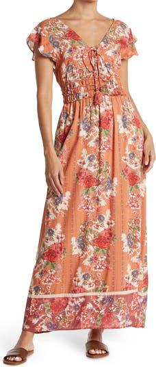 Многоярусное платье с V-образным вырезом и развевающимися рукавами Nostalgia Apparel