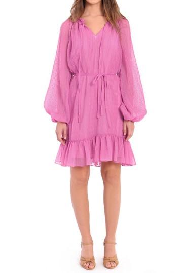 Платье с разрезом на шее и завязками на талии Donna Morgan