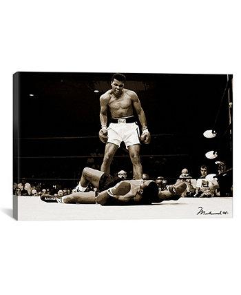 """Мухаммед Али против Сонни Листона, 1965 год, Мухаммед Али Энтерпрайзис Печать на обернутом холсте - 40 """"x 60"""" ICanvas"""