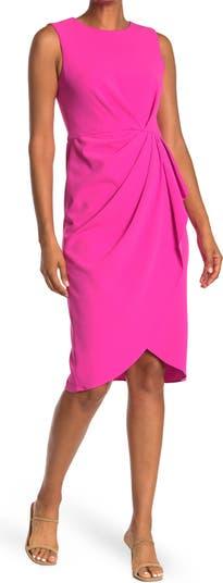 Платье-футляр с искусственным запахом и жемчужным вырезом Maggy London