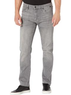 Zach Straight in Light Grey Supermove Mavi Jeans