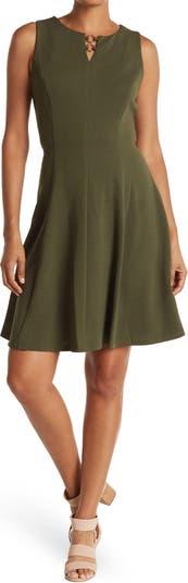Платье без рукавов с пышной юбкой Sandra Darren