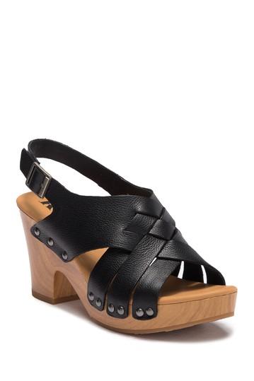 Кожаные босоножки на блочном каблуке Berengo Korks