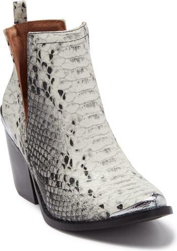 Кожаные ботинки Western с тиснением под змею Cossack Jeffrey Campbell