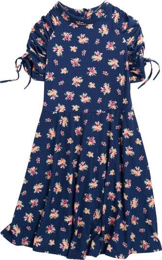 Платье Ava & Yelly с цветочным рисунком в рубчик и рюшами на рукавах AVA AND YELLY