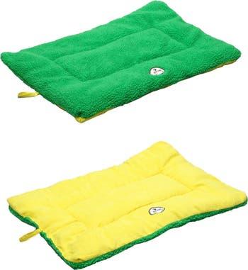 Большая двусторонняя кровать для домашних животных зеленого / желтого цветов Eco-Paw Pet Life