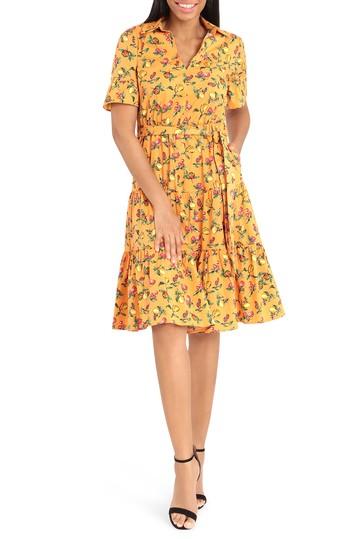 Платье с короткими рукавами и эластичным воротником с рюшами Donna Morgan