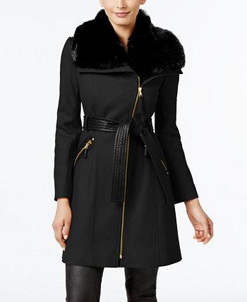 Асимметричное пальто с запахом из искусственного меха, созданное для Macy's Via Spiga