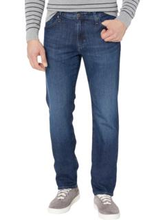 Выпускные джинсы на заказ в крестовом походе AG Adriano Goldschmied
