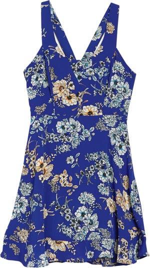 Платье без рукавов 19 Cooper