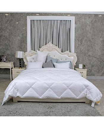 Чистое теплое одеяло с двумя односпальными кроватями St. James Home