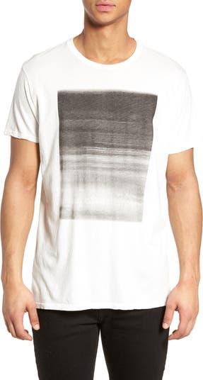 Gradient Box Graphic T-Shirt Vestige
