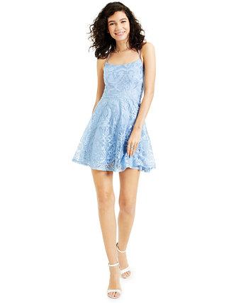 Юниорское платье с вышивкой по всей длине и пышной юбкой Speechless