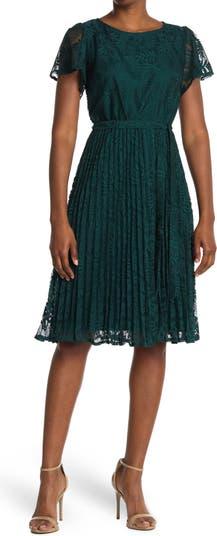 Кружевное платье с пышной юбкой Sandra Darren