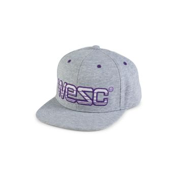 Бейсболка с вышивкой логотипа WeSC