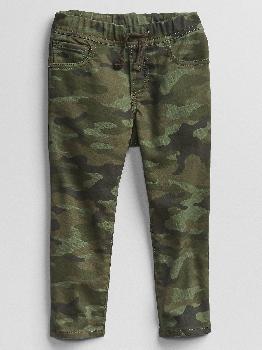 Узкие джинсы без застежки с камуфляжным принтом для малышей с эластичной резинкой Gap Factory